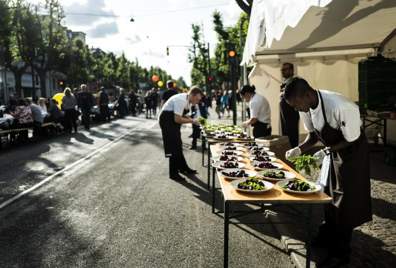 Chefs cooking at CPH food fest